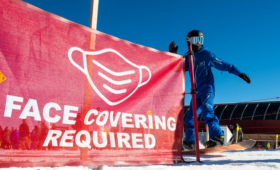 (Rick Egan | The Salt Lake Tribune) Skiers are required to wear face coverings they ski at Park City on opening day, Friday, Nov. 20, 2020.