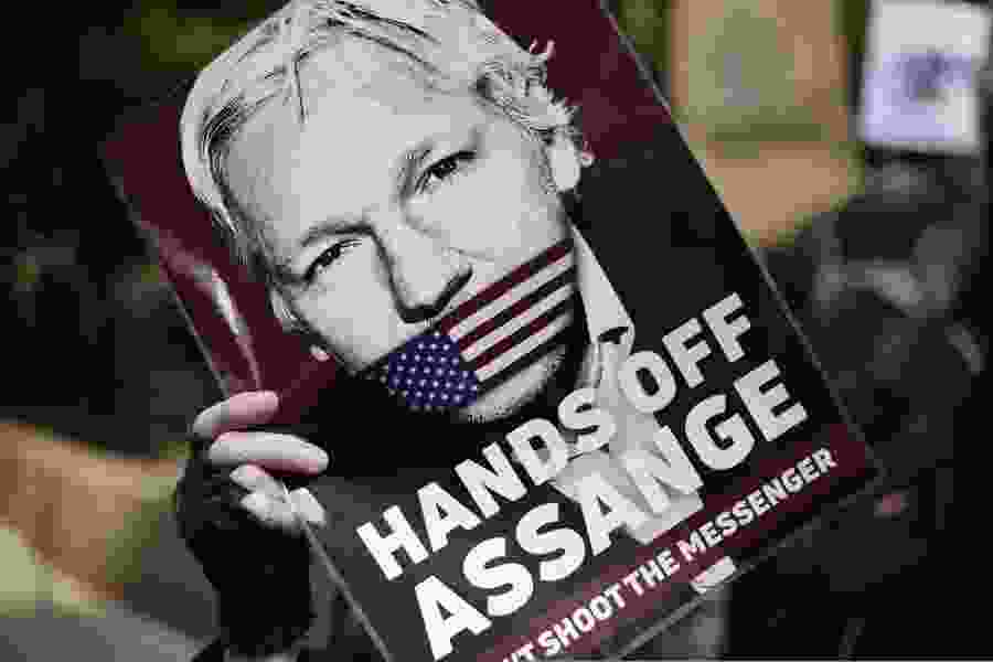 Margaret Sullivan: Assange's indictment 'crosses a bright red line for journalists'