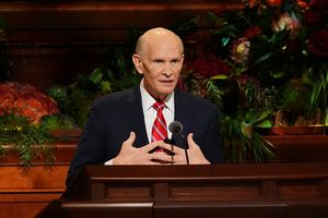 (The Church of Jesus Christ of Latter-day Saints) Apostle Dale G. Renlund speaks at General Conference on Sunday, Oct. 3, 2021.