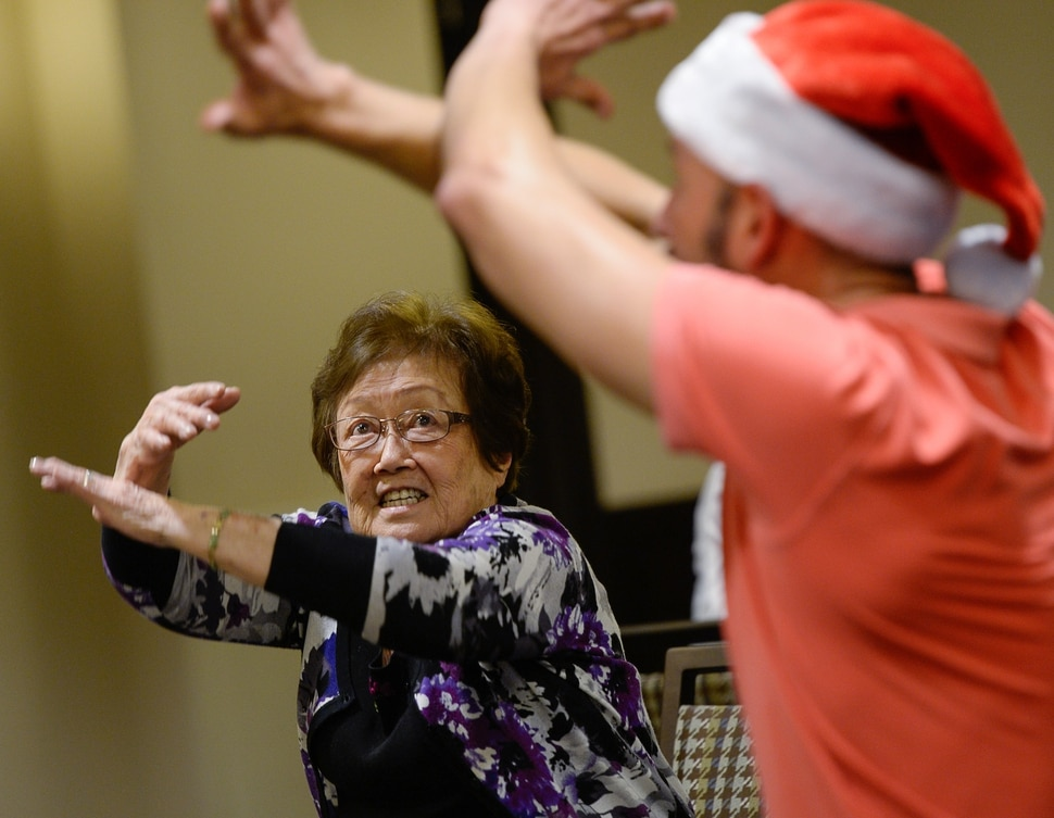 (Francisco Kjolseth | The Salt Lake Tribune) Juan Carlos Claudio brings his Minding Motion dance workshop to residents at Cottonwood Place Senior Living in Holladay in December.