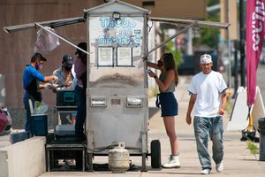 (Ed Kosmicki   Special to The Tribune) The TDR (TacosDonRafa.com) taco cart at lunchtime, June 16, 2021 near the old Sears store on the corner of 8th & State Street in Salt Lake City.