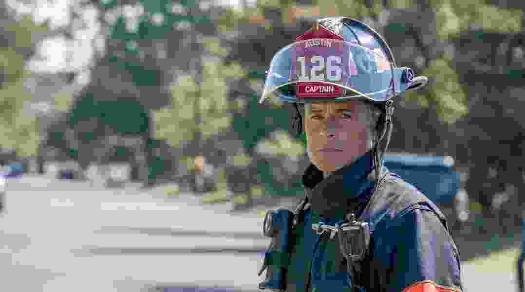 Scott D. Pierce: Call '9-1-1'! Rob Lowe is one funny guy.