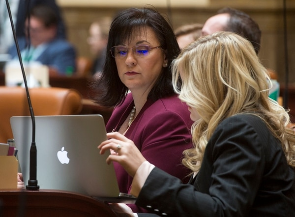 (Rick Egan | The Salt Lake Tribune) Rep. Kim Coleman, R-West Jordan, talks with her intern Kate Wheeler in the Utah House of Representatives, on Friday, March 2, 2018. Coleman backed a bill forcing Utah cities to disclose details on their surplus water contracts.