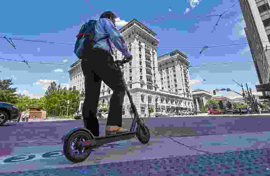 New dockless scooters will come back to Salt Lake City after Bird obtains business license, signs agreement