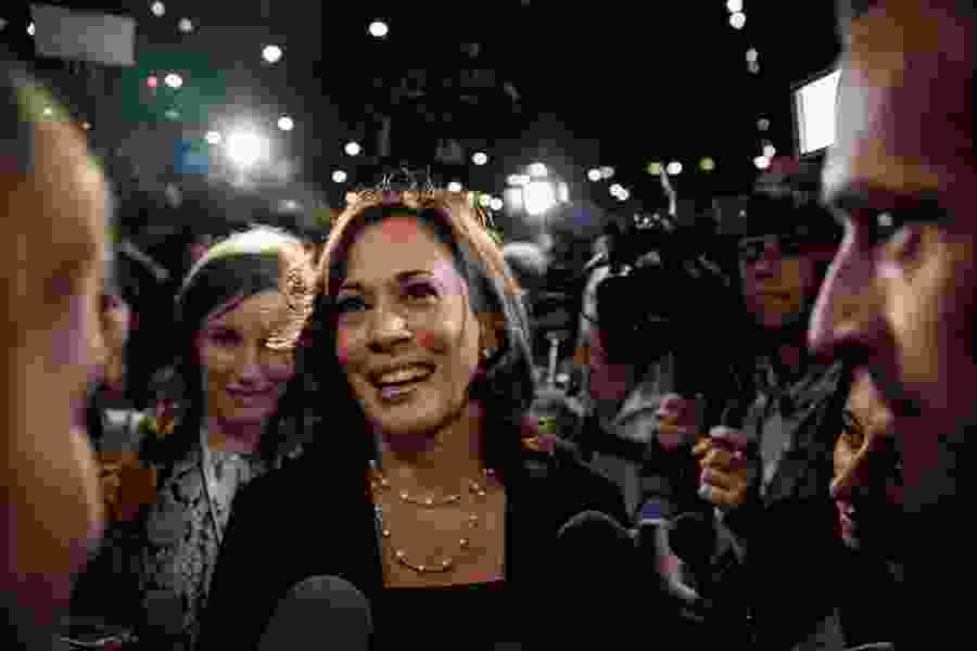 Frank Bruni: Kamala Harris is the future, so Mike Pence may well be history