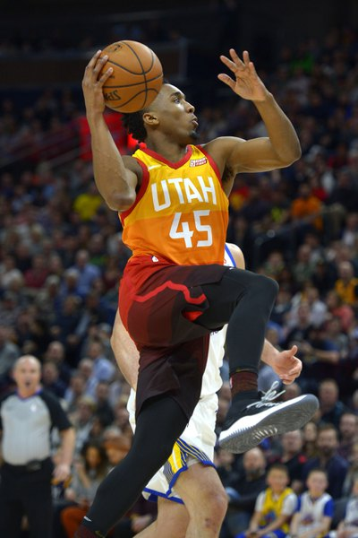 Utah Jazz trounce Golden State Warriors, 129-99