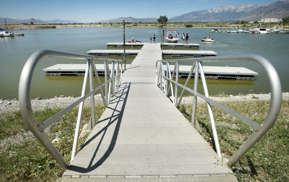 Steve Griffin | The Salt Lake Tribune Boaters enjoy the water at the Lindon Marina in Orem, Thursday, July 30, 2015. State water quality managers estimate 44 percent of Utah waterways are at risk for the same kinds of toxic algae plaguing Utah Lake. The toxins are blamed for two dog deaths and the demise of two cows. But the state has not allocated much, if any, funding for monitoring and treatment.