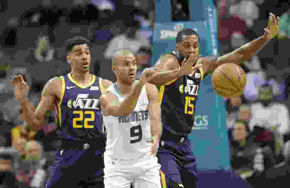 The Triple Team: After adding Korver, Utah Jazz shoot past Charlotte Hornets thanks to 18 threes