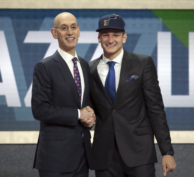 Jazz select Duke's Grayson Allen No. 21 overall, earning Donovan Mitchell's approval