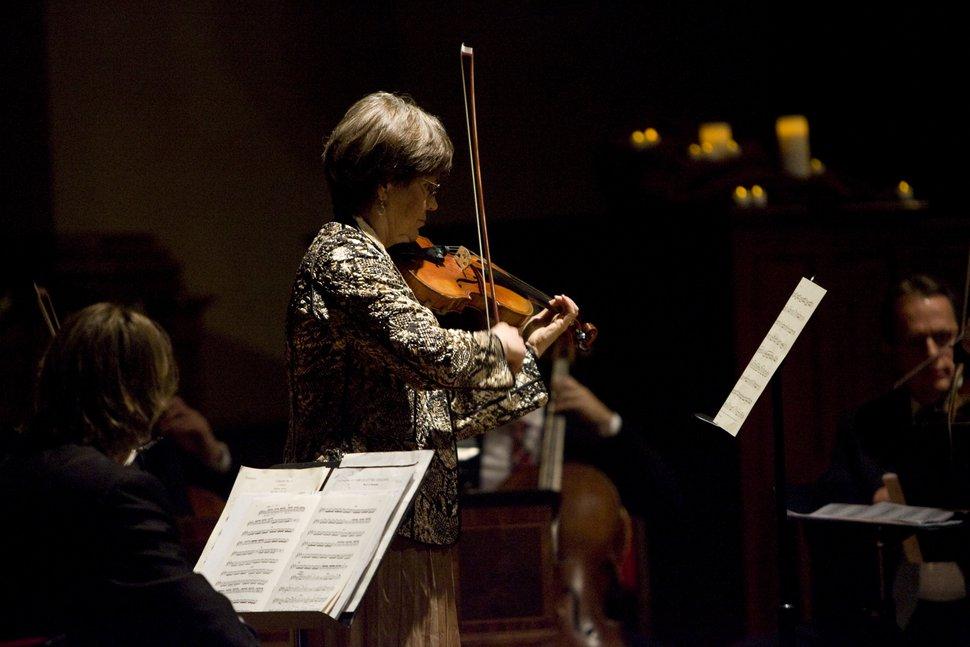 Kim Raff | The Salt Lake Tribune Lynnette Stewart solos on violin during
