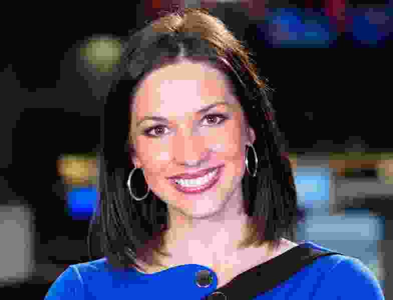 FOX 13 promotes Kelly Chapman to lead anchorwoman, replacing Hope Woodside