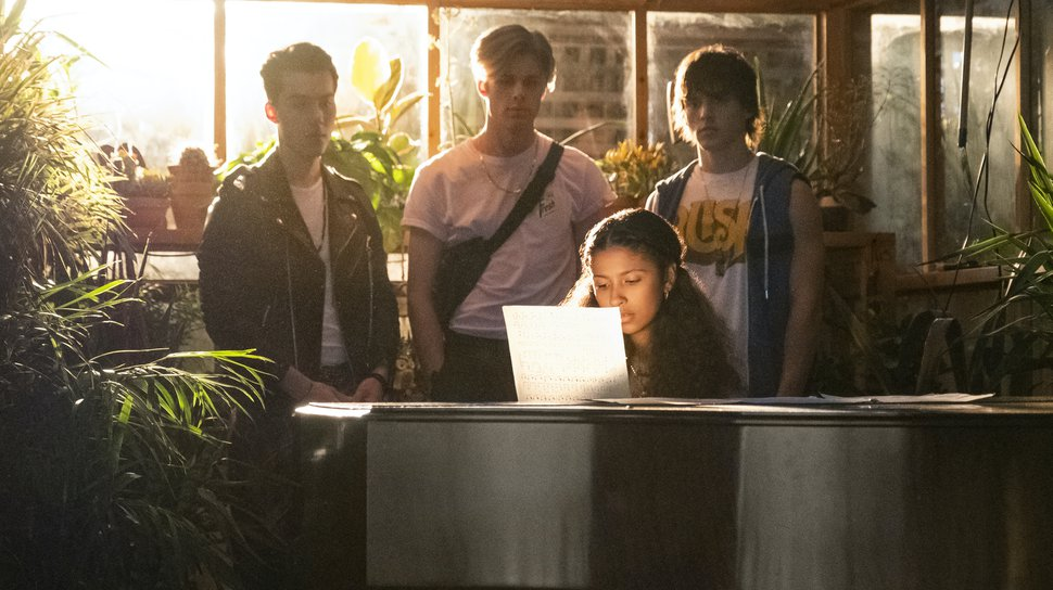 "(Kailey Schwerman | Courtesy of Netflix) Jeremy Shada as Reggie, Owen Joyner as Alex, Madison Reyes as Julie and Charlie Gillespie as Luke in ""Julie and the Phantoms."""