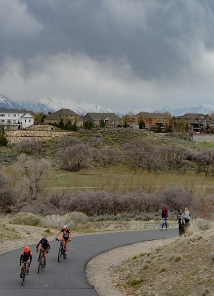 (Francisco Kjolseth | The Salt Lake Tribune) People use the trails through Lehi in Utah County on Monday, April 6, 2020. Utah County, the stateÕs second-largest, has the third-most coronavirus cases of any jurisdiction in the state, according to new numbers released by the Utah Department of Health on Monday.