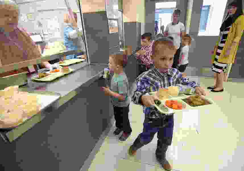 Utah's school lunch funding gets extended into March as the government shutdown continues