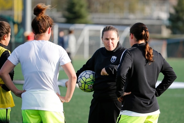 24 April 2016: Seattle Reign head coach Laura Harvey makes a point with her defenders before the match. The Seattle Reign defeated the Boston Breakers 3-0 in a regular season NWSL match at Jordan Field in Allston, Massachusetts. (Photograph by Fred Kfoury III/Icon Sportswire) (Icon Sportswire via AP Images)