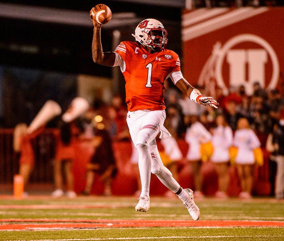 (Trent Nelson | The Salt Lake Tribune) Utah Utes quarterback Tyler Huntley (1) as the Utah Utes host the USC Trojans, NCAA football at Rice-Eccles Stadium in Salt Lake City, Saturday Oct. 20, 2018.