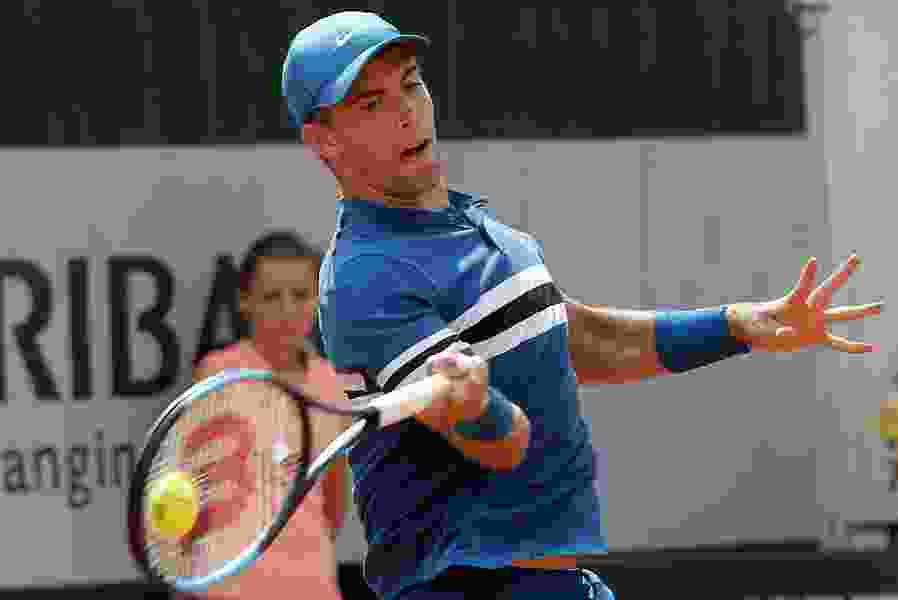 Through the legs: Coric's 'tweener' draws bows at Davis Cup