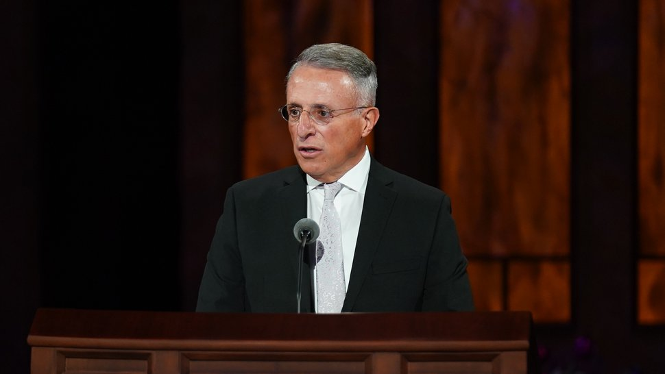 (Photo courtesy of The Church of Jesus Christ of Latter-day Saints) Apostle Ulisses Soares speaks at the Sunday morning session of the 190th Semiannual General Conference of The Church of Jesus Christ of Latter-day Saints on Oct. 4, 2020.