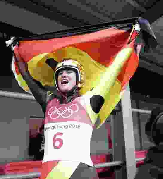 Golden Geisenberger: German star defends women's luge title