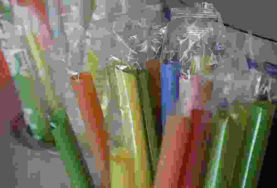 Political Cornflakes: A new flashpoint among presidential candidates is plastic straws