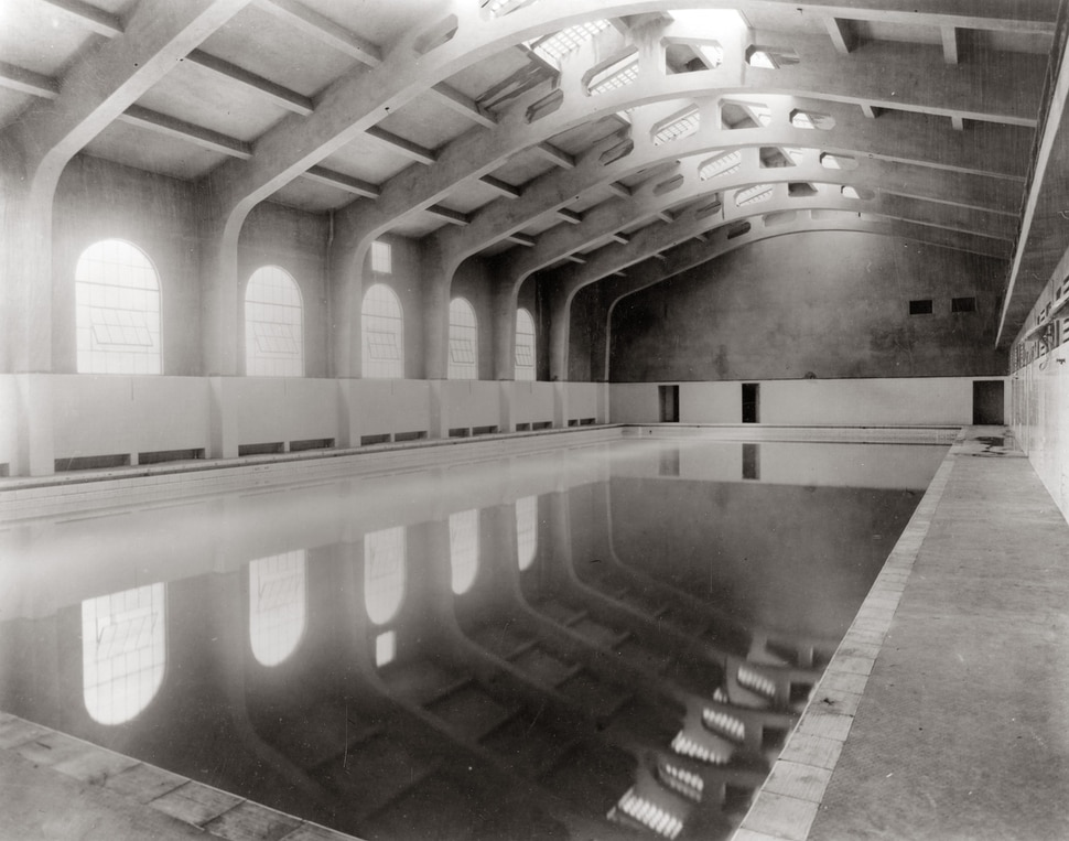 (Photo courtesy Utah State Historical Society) This photo shows the Warm Springs Bath House in 1922.