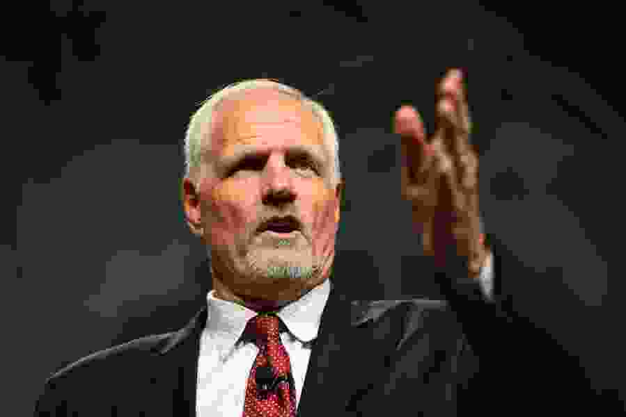 """Mark Eaton falls short on list of Hall of Fame finalists, Ron Boone still eligible; NBA reveals """"smart jersey"""" of the future"""