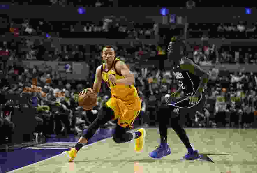 Dante Exum has been cleared to play for the Jazz, but has yet to get off the bench. When will it happen?