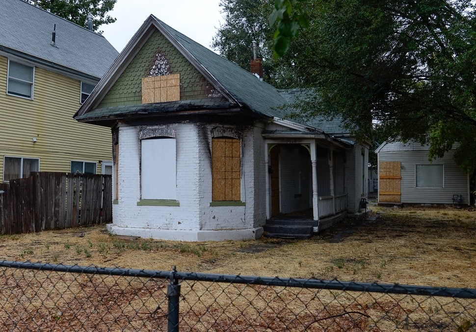 (Francisco Kjolseth | The Salt Lake Tribune) A group of neighbors in the Ballpark neighborhood are concerned about the impact of boarded properties on crime in the community. City documents show there are more abandoned buildings in Salt Lake City's District 5 than in any other neighborhood, with 34 total. Some 22 of the 34 boarded buildings in District 5 are located in the Ballpark neighborhood with three recently being demolished. Pictured on Wed. Sept. 11, 2019, is 1010 South West Temple.