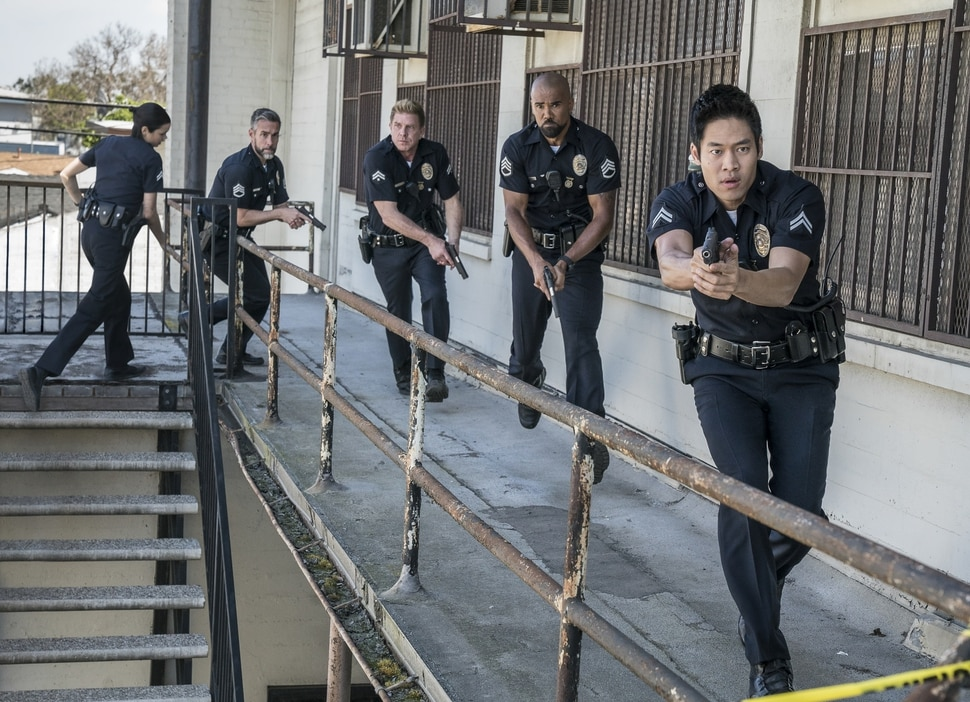 """(Photo courtesy of Bill Inoshita/CBS) Lina Esco, Jay Harrington, Kenny Johnson, Shemar Moore and David Lim star in """"S.W.A.T."""""""