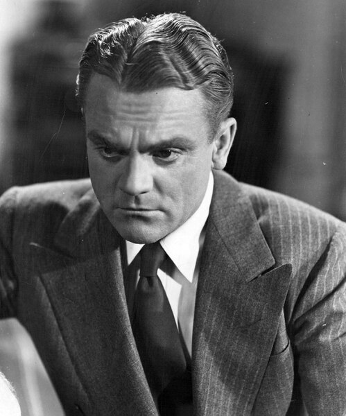 (Tribune file photo) James Cagney, seen here in a promotional photo from 20th Century Fox for the 1946 spy drama 13 Rue Madeleine.