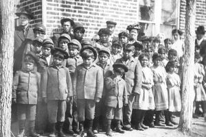 (Panguitch Utah History) Pictured are the students at the boarding school for Native Americans just north of Panguitch, Utah, that ran from 1904 to about 1909.