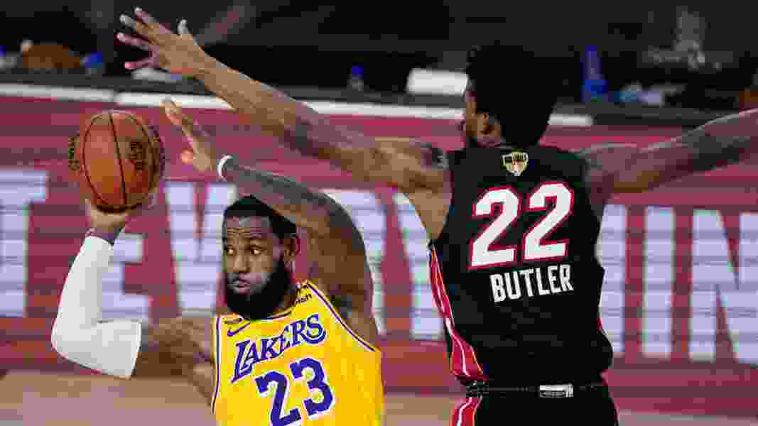 Lakers, LeBron roll in Game 1 of NBA Finals, top Heat 116-98