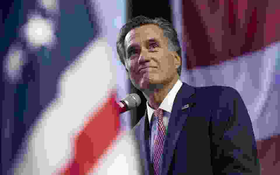 Trump calls Romney a 'straight shooter' for predicting that a growing economy will lead to the presidents' re-election