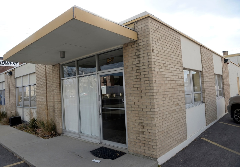 (Al Hartmann | The Salt Lake Tribune) Carver Mortuary Service LLC, housed at this building at 847 W. 2500 S. in S. Salt Lake had its license suspended by the Utah Division of Occupational and Professional Licensing .