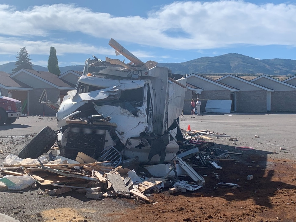 (John Franchi | FOX 13 News) A wrecked truck rests near a Garden City condo complex where it crashed into some of the buildings on Aug. 20, 2019.