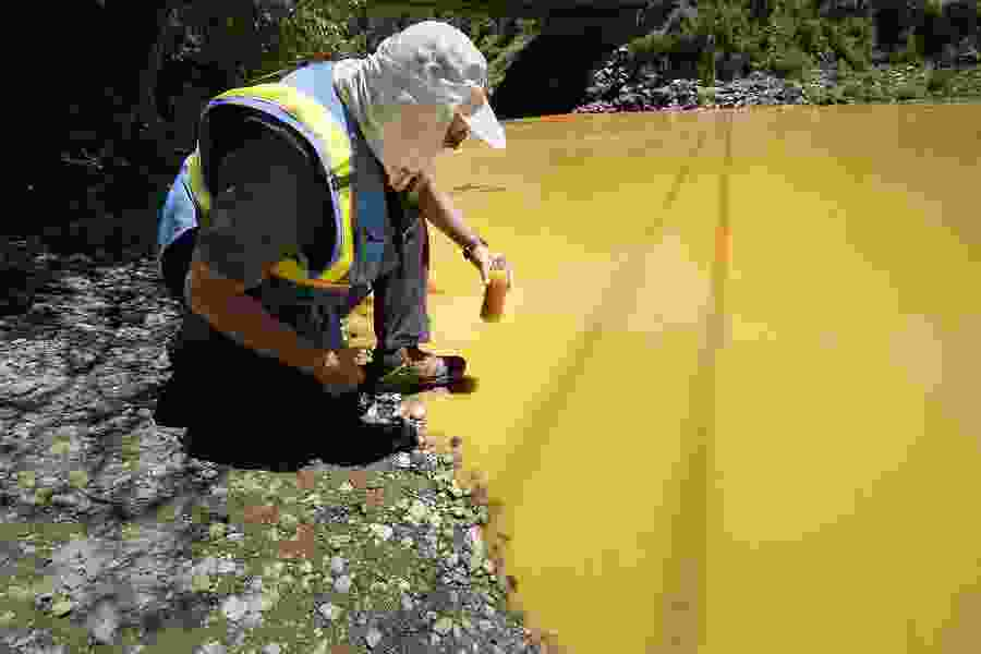 Utah's suit over mine spill transferred to New Mexico court