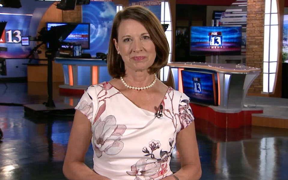 Hope Woodside leaves FOX 13 after almost 23 years behind the anchor desk