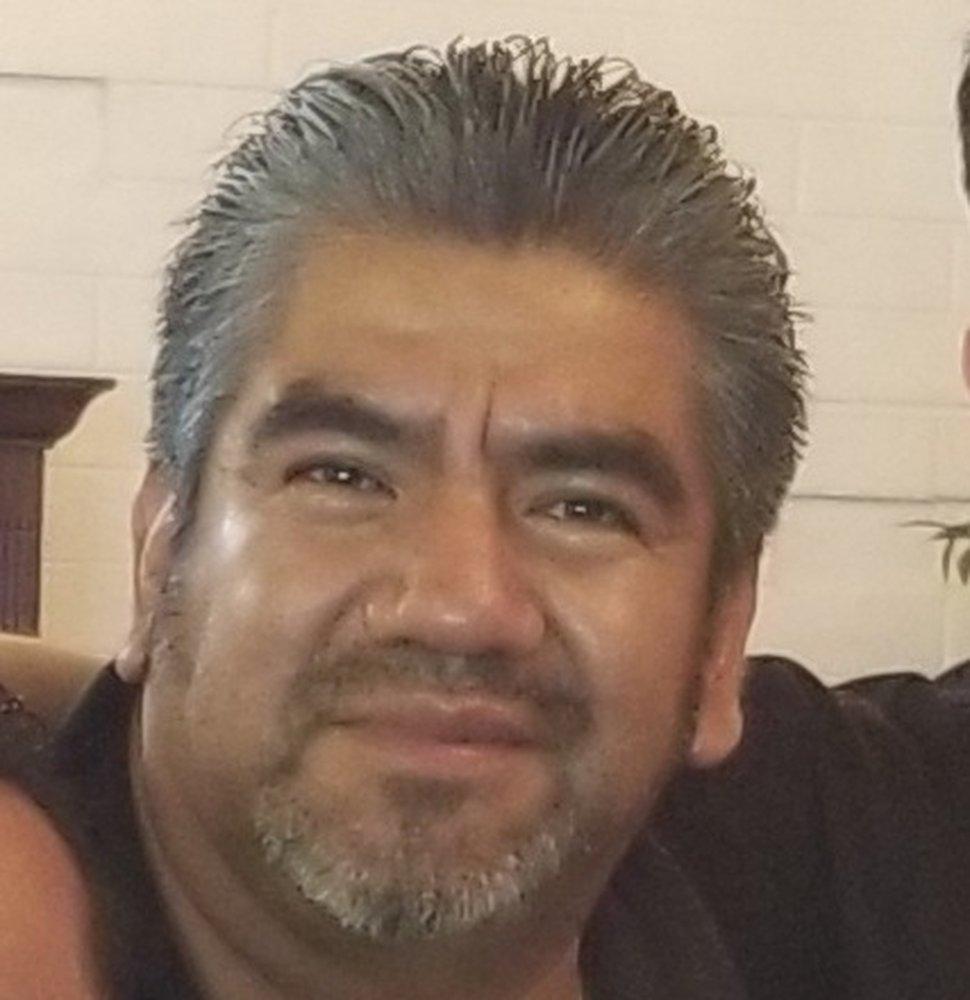 (Foto milik Karen Valenzuela) Julio Sanchez-Cervantes meninggal 13 Mei 2020, akibat COVID-19.