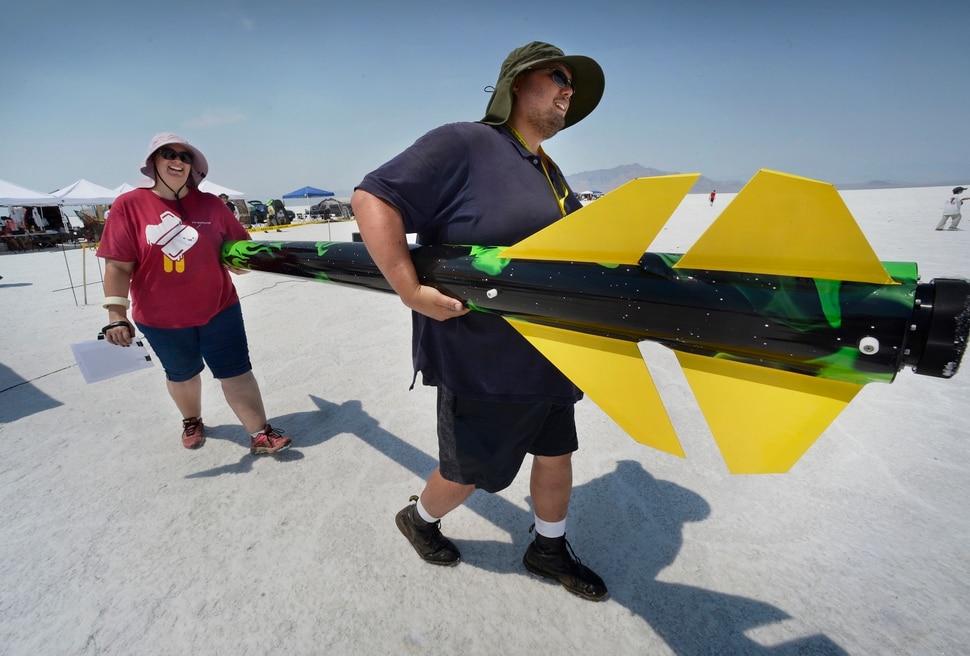(Scott Sommerdorf | The Salt Lake Tribune) Travis and Kelly Tabbal take their