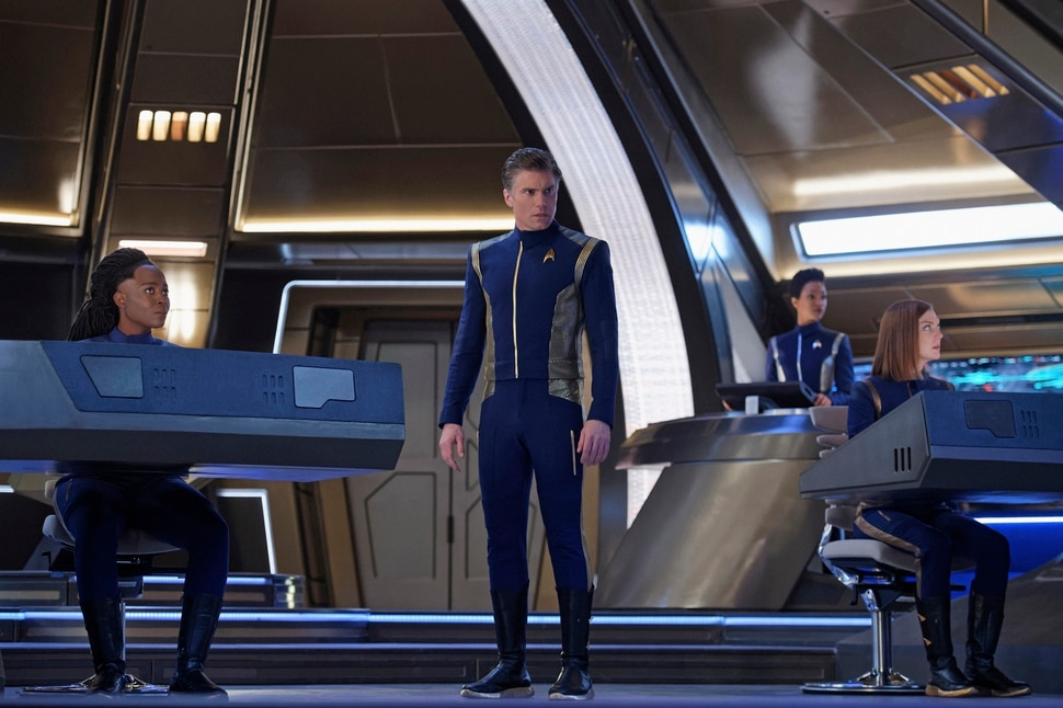 "(Photo courtesy Ben Mark Holzberg/CBS) Oyin Oladejo as Joann Owosekun, Anson Mount as Captain Pike, Sonequa Martin-Green as Burnham, and Emily Coutts as Keyla Detmer on ""Star Trek: Discovery."""