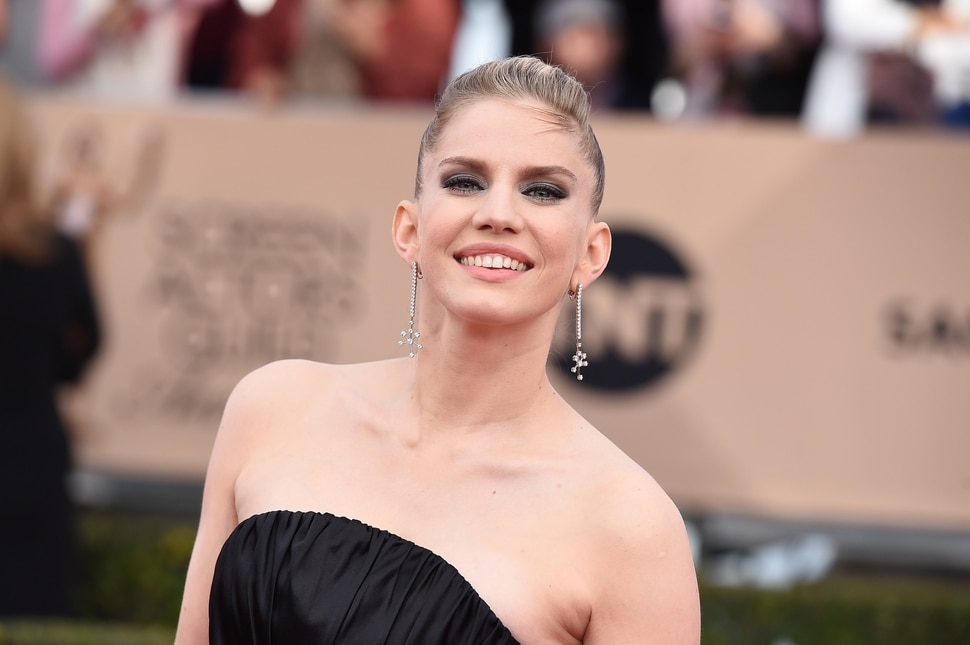 Anna Chlumsky arrives at the 22nd annual Screen Actors Guild Awards at the Shrine Auditorium & Expo Hall on Saturday, Jan. 30, 2016, in Los Angeles. (Photo by Jordan Strauss/Invision/AP)