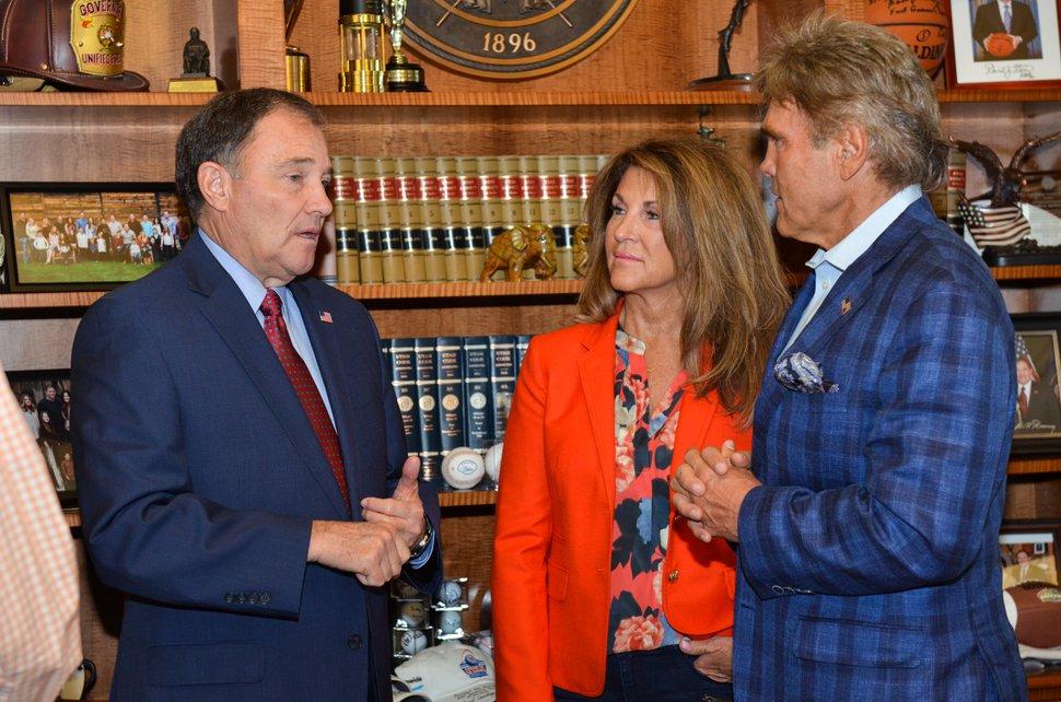 Gov. Gary Herbert meets with Scott and Karen Keller in the governor's office in October 2016. (Photo from Gov. Gary Herbert's office)