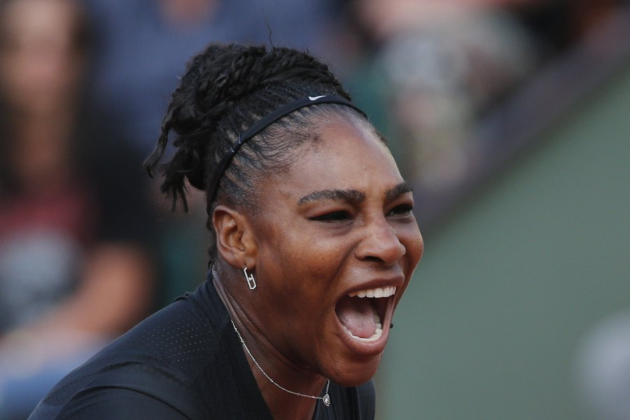 Call It A Comeback Serena Williams To Third Round At French Open After Stirring Rally