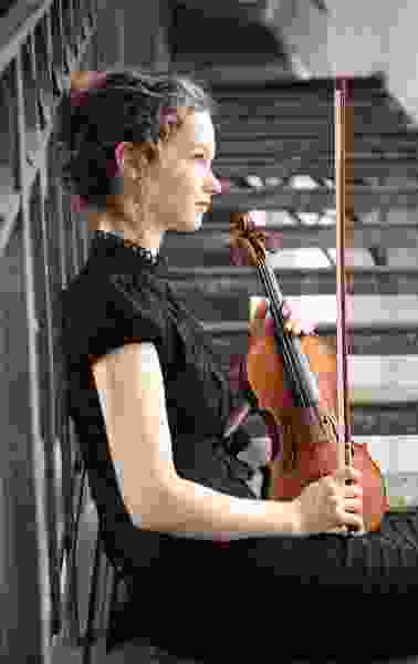 Hilary Hahn, one of the world's best-known violinists, is flawless in first of two weekend performances with the Utah Symphony