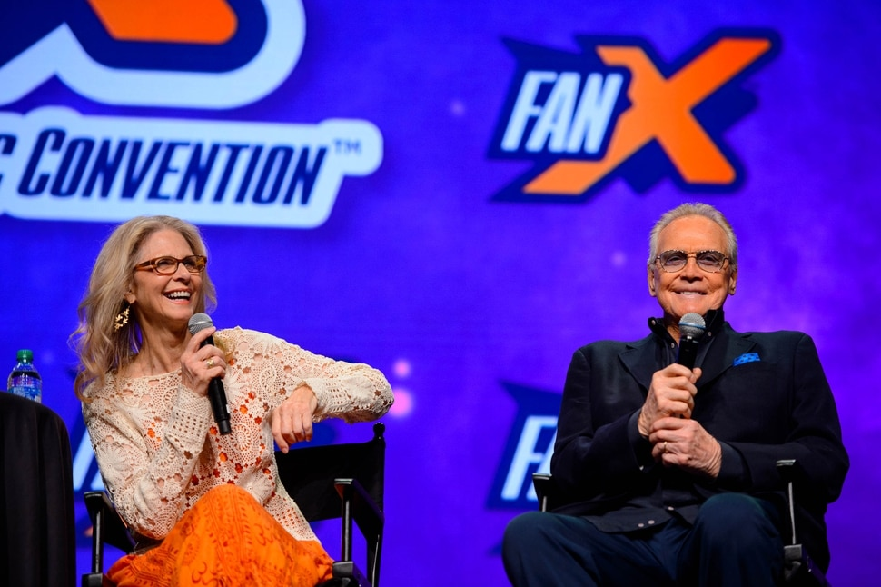 (Trent Nelson | The Salt Lake Tribune) Lindsay Wagner and Lee Majors, stars of the '70s classics The Bionic Woman and The Six Million Dollar Man made an appearance at FanX Salt Lake Comic Convention at the Salt Palace Convention Center in Salt Lake City on Friday Sept. 6, 2019.