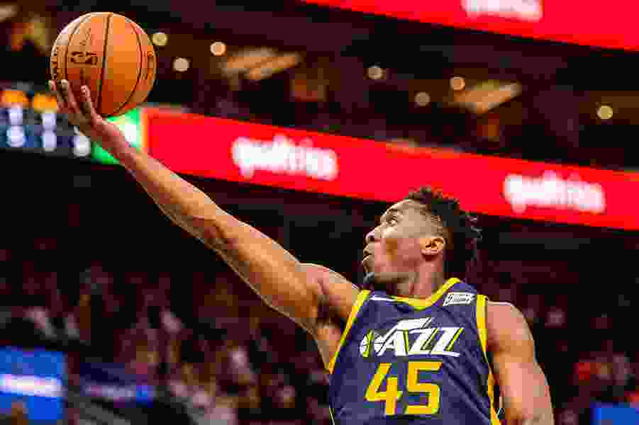 Favors scores 24, Jazz run away from Nuggets 106-77