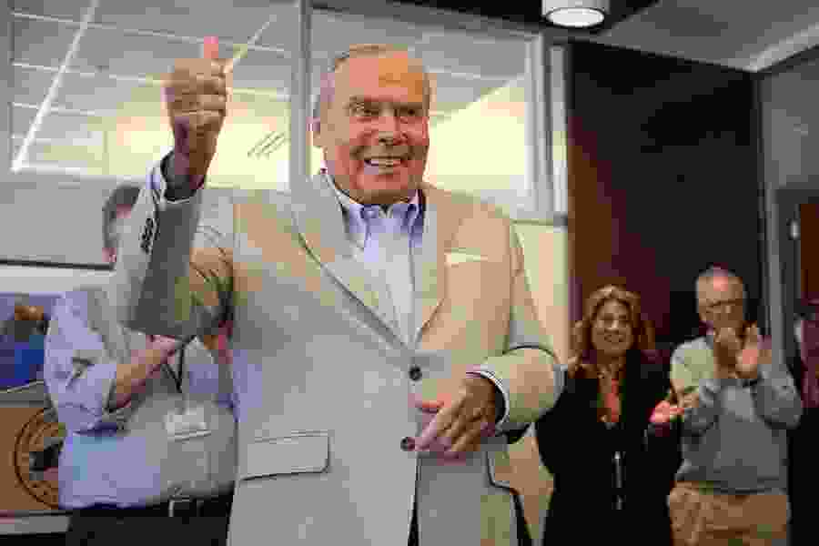 Letter: A statue of Jon Huntsman Sr. would best represent Utah in D.C.