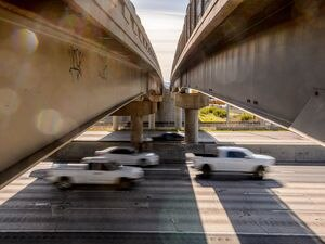 (Trent Nelson  |  The Salt Lake Tribune) Rush hour traffic on Interstate 15 in Farmington.