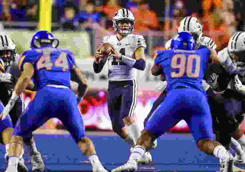 More blues in Boise as BYU rally falls just short in 21-16 loss to Broncos