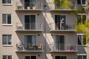 (Trent Nelson  |  Tribune file photo) A Salt Lake City apartment complex, seen on Tuesday, April 21, 2020. A new study indicates high-density apartment construction raises property values for nearby homes.